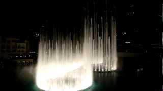 Dubai Fountain - Burj Khalifa - Michael Jackson - Thriller! FULL HD!