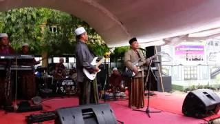 KH  Alamul Huda feat KH  Muhajir
