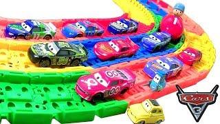 Coleção 12 Carrinhos Disney Motor Speedway of the South Corredores do Filme Carros 3 ToysBR