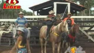 Amado Edilson - Blusa  Amarela