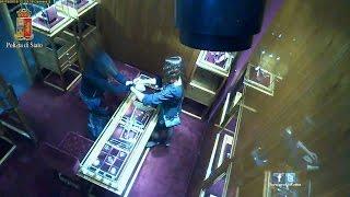 Roma, scappa con un orologio da 60mln da negozio di via Condotti arrestato
