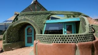 """""""Earthship Biotecture"""": Renegade New Mexico Architect"""