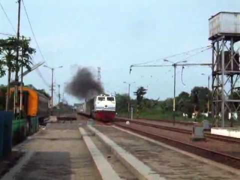 KA Argo Bromo Anggrek langsung dari Stasiun Tegal