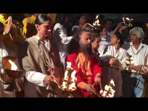 Xxx Mp4 Bollywood Actress Deepika Padukone Did Ganga Aarti In Rishikesh 3gp Sex