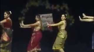 TAMIL DANCE ( AA ANTE AMALAPURAM AND SIRICHE SIRICHE) STC GIRLS