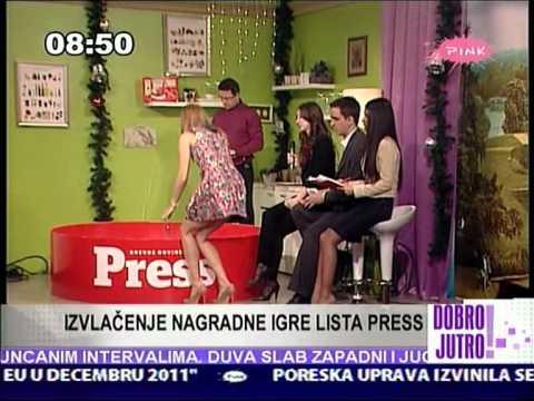 Jovana Janković Idealna poza za izvlačenje nagrade