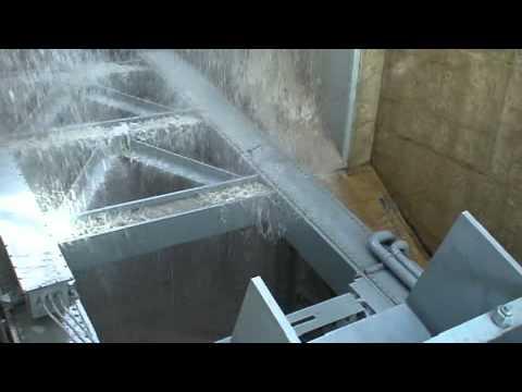 Tarbela Dam Gate Tuck sound at full pressure water release