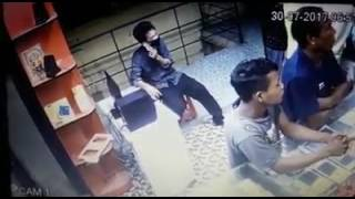 Thieves stealing mobile captured in CCTV at Banktinali, Itanagar Arunachal Pradesh.