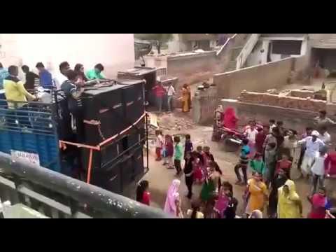 Xxx Mp4 Desi Gujarati Girl Wedding Dance Hd Video Desi Dance Gujrati Videos 3gp Sex