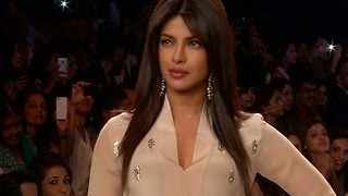 Priyanka Chopra walks the ramp at Lakme Fashion Week 2014