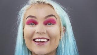I tried to do a christmas makeup look