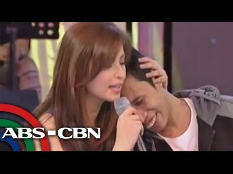 Angel Locsin does PDA with Vice Ganda