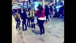 مغربيات الخارج يرقصون على انغام عادل الميلودي  النشاط حتى شاط