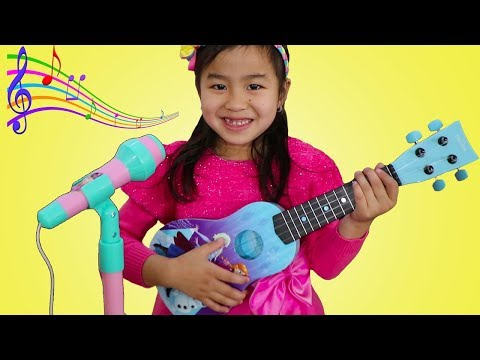 Xxx Mp4 Jannie Plays With Disney Frozen Toy Guitar And Starts A Band 3gp Sex