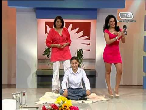 Anayanssi Moreno casi upskirt sentada
