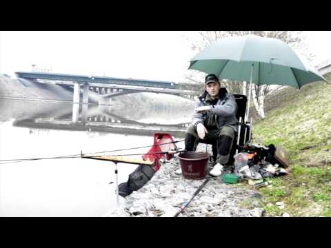 ловля леща на фидером на москве реке видео