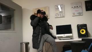 Rabby Racks over situatie Frenna & Mula B, Rabby Racks ontvang kado van Nike Chieff18vlog #2