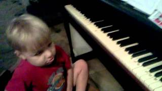 Kyle 2 years old playing piano lean on me.3gp