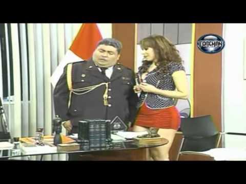 EL ESPECIAL DEL HUMOR 26 11 11 Lucecita en Infartante Minifalda Roja