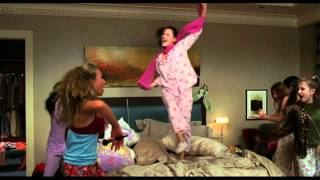 13 Going on 30 (Girls dancing on Pat Benatar - Love Is A Battlefield)