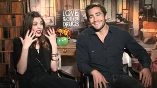 Anne Hathaway and Jake Gyllenhaal Interview - Love and Other Drugs