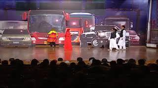 علي ربيع يضرب ويزو علي خشبه المسرح امام الجمهور # تياترو مصر