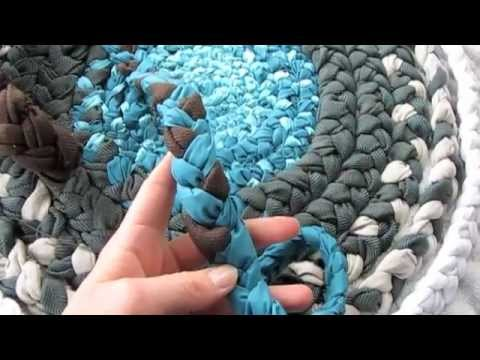 How To Bathroom Rug from Fabric Braids