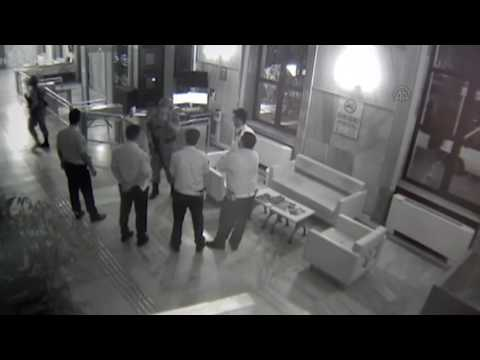 TRT'nin Harbiye'deki binasının işgali güvenlik kamerasında