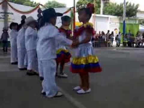 increíble baile de niños de 5 años bailando joropo cúcuta