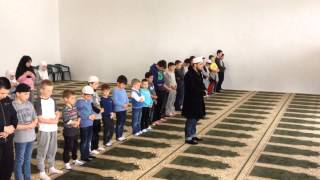 Teach kids islam .How to pray .teaching methods . 16-11-2013