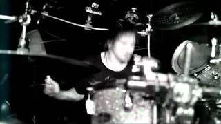 Korn - Narcissistic Cannibal feat. Skrillex and Kill the Noise