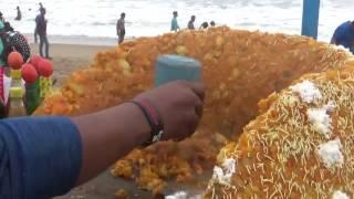 See How People are Eating Street Food in Sea Beach | Street Food India ( Puri Orissa )