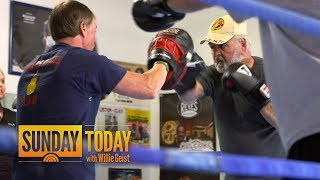 Parkinson's Patients Fighting Debilitating Disease With Boxing | Sunday TODAY
