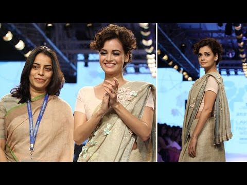 Dia Mirza On Ramp At LFW For Designer Anavila