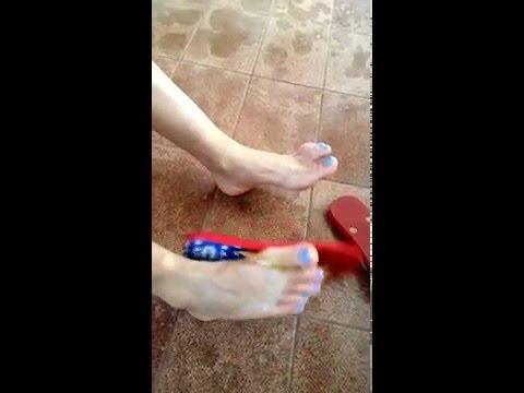 Xxx Mp4 Barefoot Footporn Partyfeet Feet Pésfemininos Fetishmodel Pésbrasil Unhas Flipflop Blue 3gp Sex