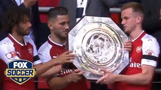 Arsenal celebrate with the trophy | 2017 FA Community Shield