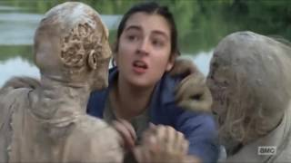 The Walking Dead - Cindy and Tara fight against Walkers.
