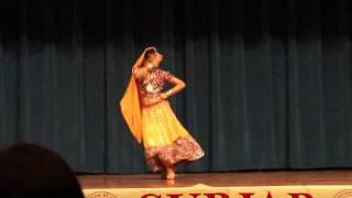 Shivani's Woh Kisna Hai Dance Performance