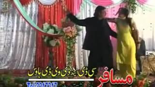 Malang De Yam Da Mine   Sahiba Noor and Jhangir Khan Pashto Song On Stage