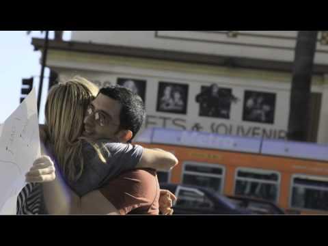 Street Hugs