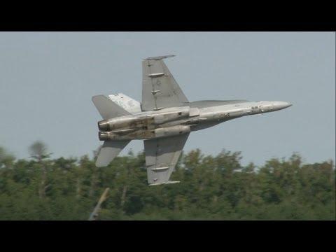 2012 NAS Oceana Airshow - F/A-18C Hornet Demonstration
