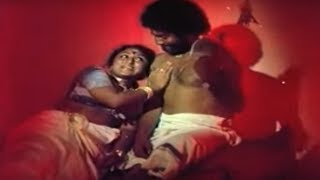 Malayalam movie Aaravam   Maruthu & Kaveri in romantic song :2