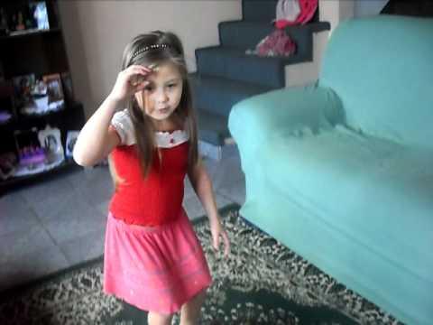 Ana Sofia Dançando funk