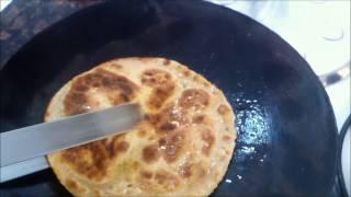 Easy recipe for besan ki puri... ;) Haandi k sath :)