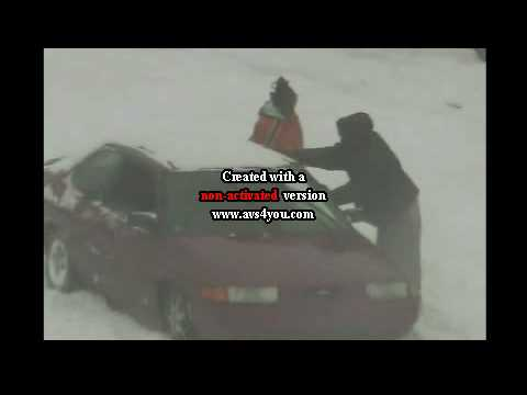Laughin at dese niggas pt.2... cuz dey car stuck in about 2 feet of snow!!!