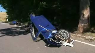 VW GOLF MK4 R32 BRUTAL CRASH