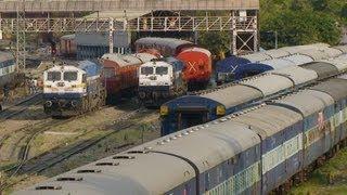 Indian Railways - Train Watching in Jaipur.