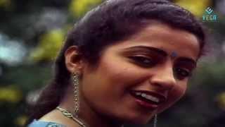 Muthamizh Kaviyae Varuga Video Song | Rajinikanth | Suhasini : Dharmathin Thalaivan