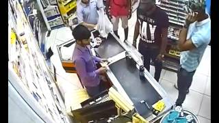 3 Nigerian Robbed A Supermarket In Dubai With Machetes