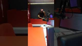 Dj Infinix live mix onBush Radio 89.5 FMon Everyday People (Dwson Remix)